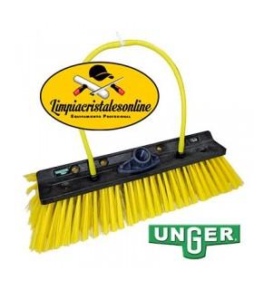 Cepillo de Doble Ángulo para Limpieza de Placas Solares Unger